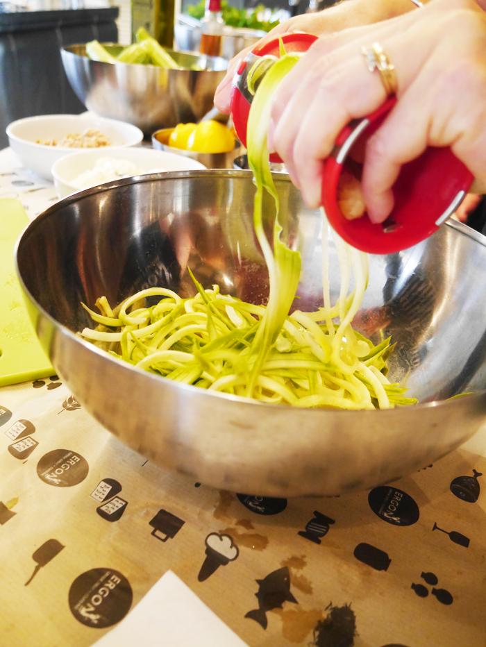 Courgette zucchini spaghetti