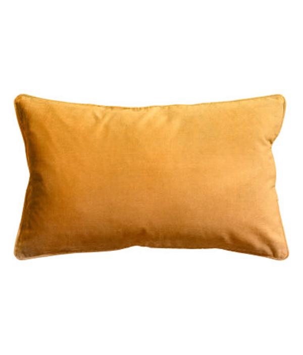 mustard-velvet-cushion