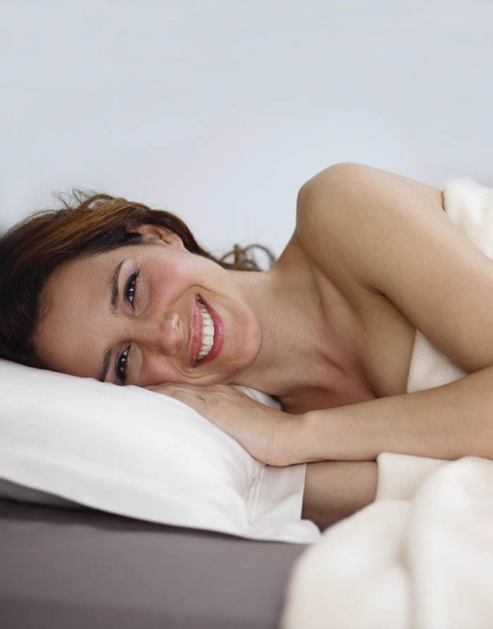 The Benefits Of A Silk Pillowcase The Green Eyed Girl