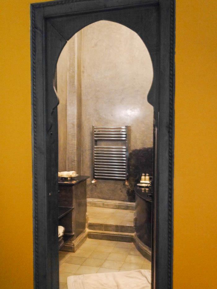 Modern moroccan interiors2-3