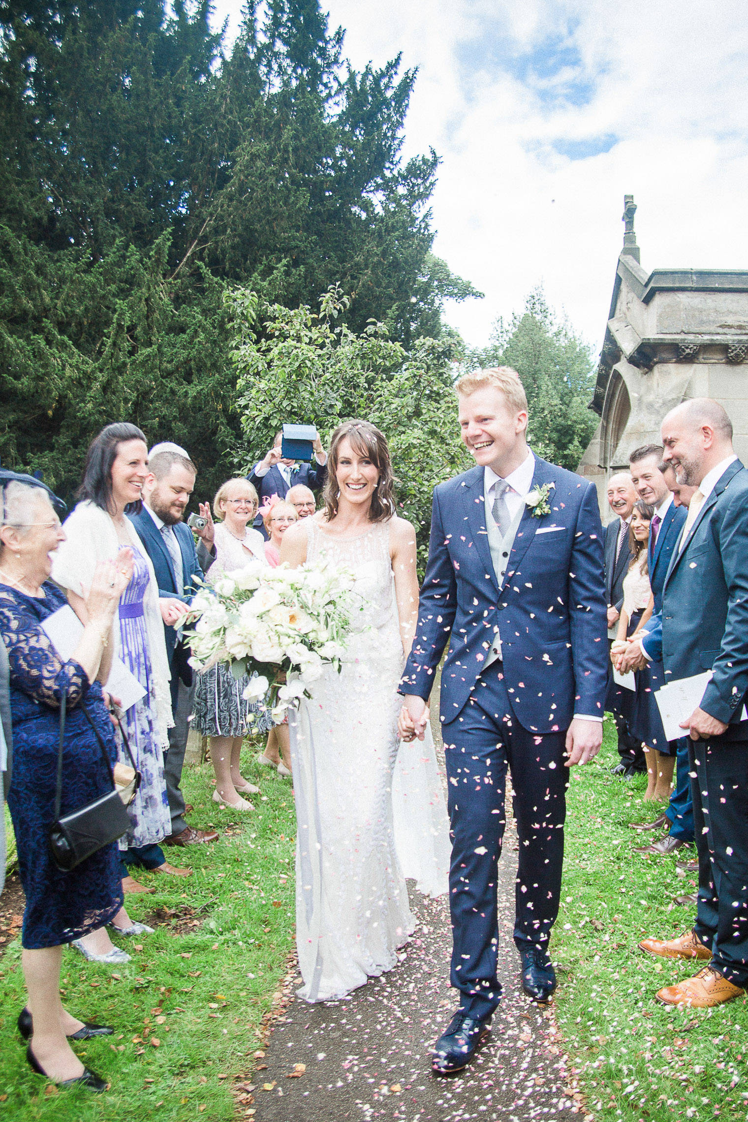 lifestyle-blogger-claire-wainwright-of-the-green-eyed-girl-shares-her-wedding-28