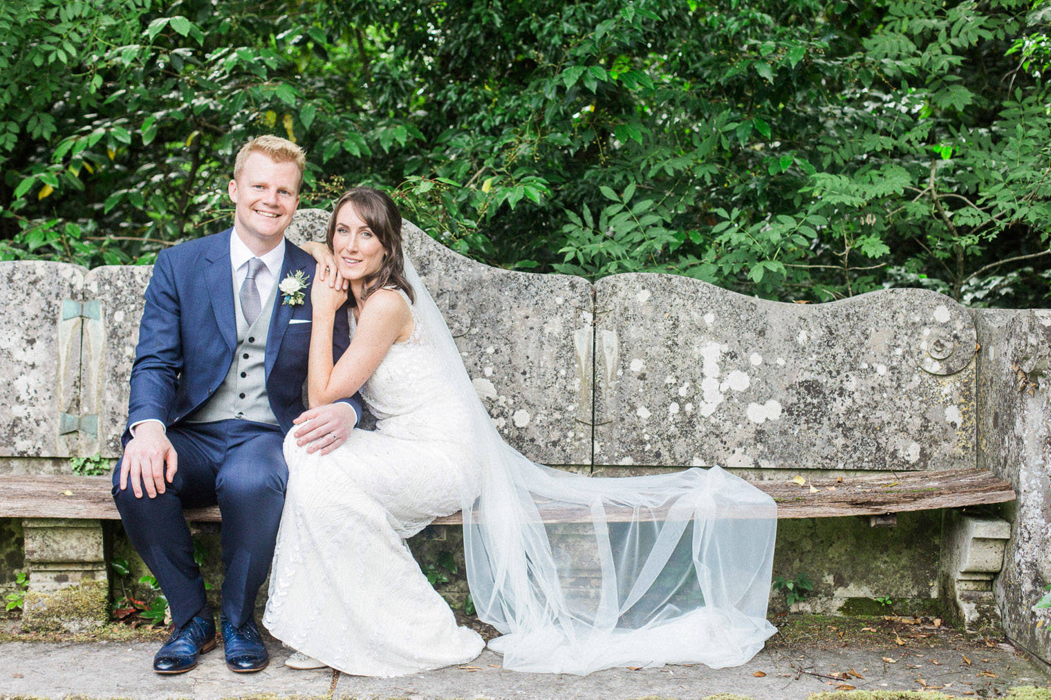 lifestyle-blogger-claire-wainwright-of-the-green-eyed-girl-shares-her-wedding-48