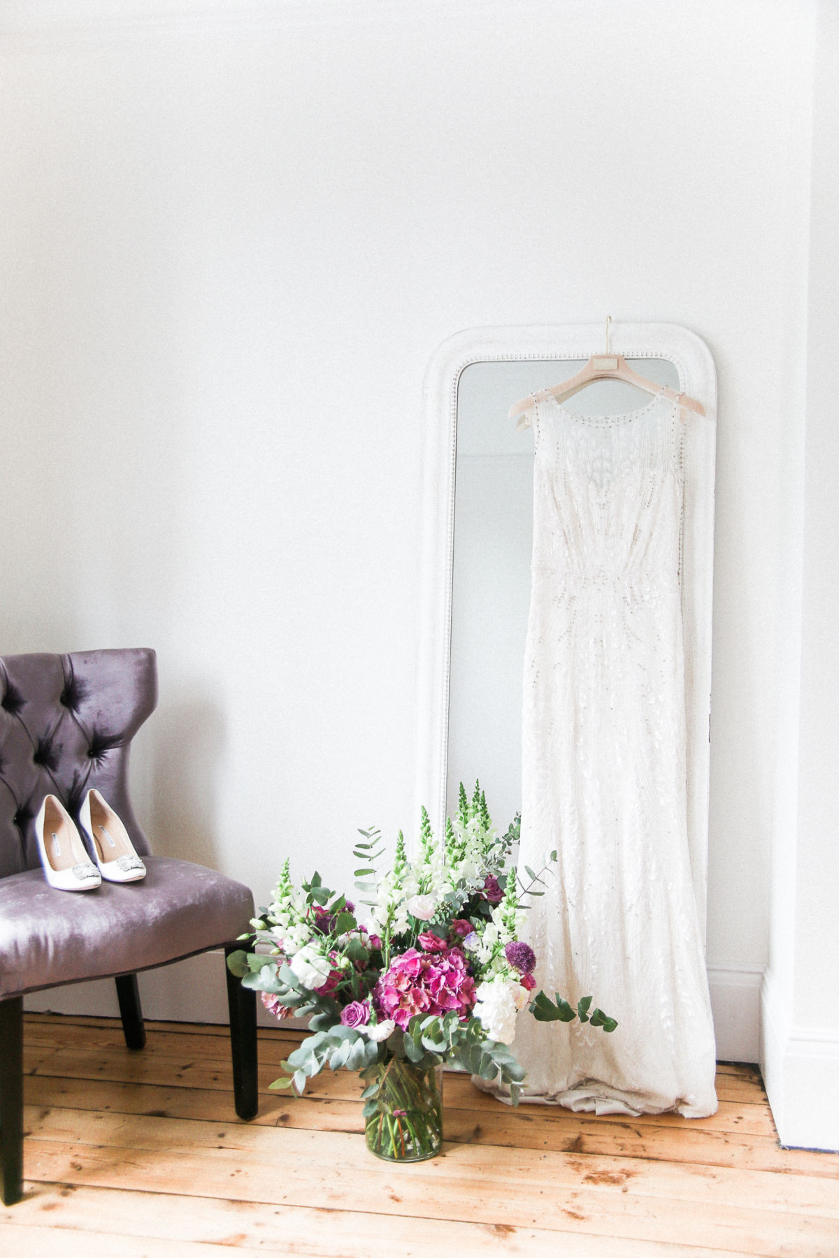 8 tips to help you find the perfect wedding dress