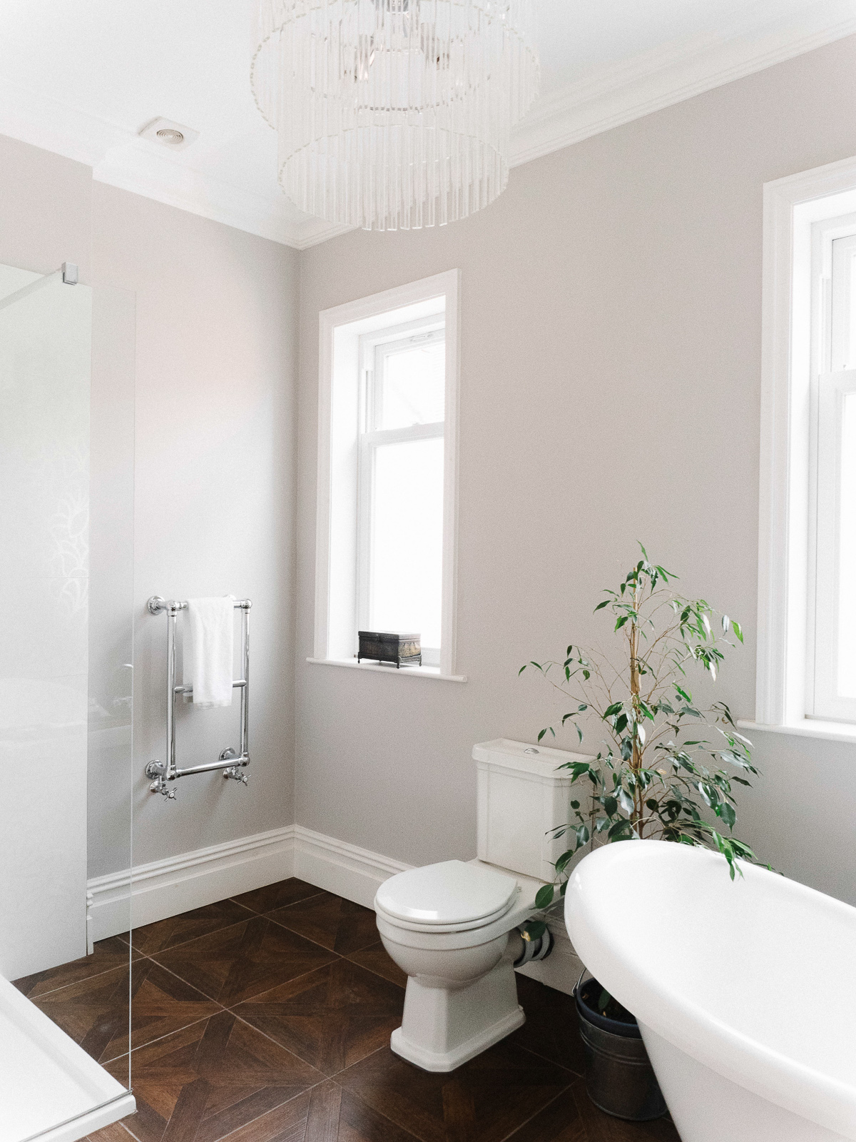 5 ways to achieve the hotel bathroom look in your own home