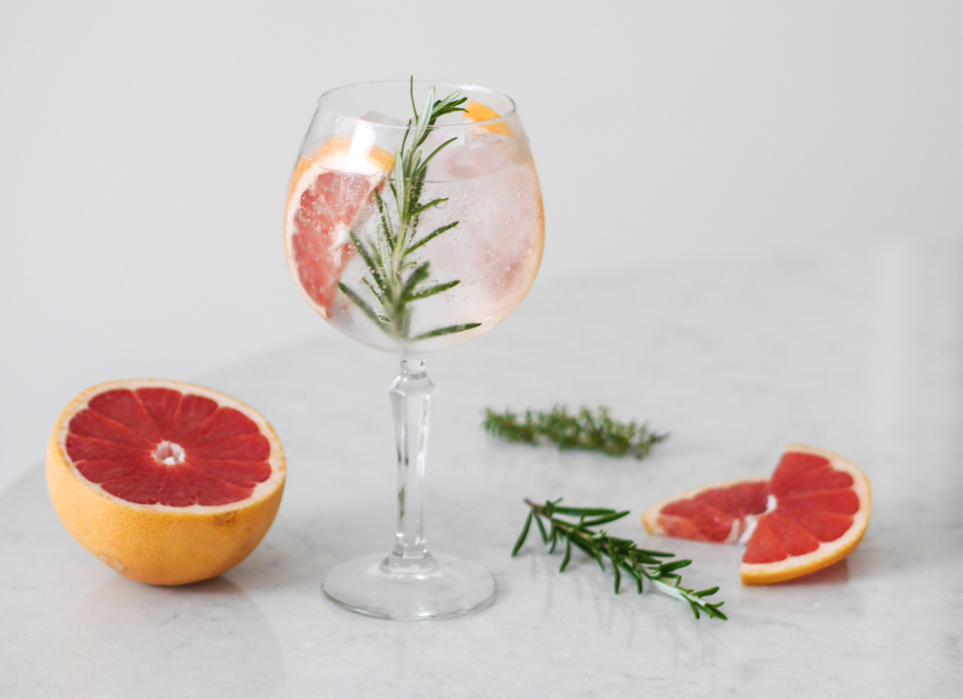 3 ways to elevate your everyday gin and tonic - grapefruit and rosemary