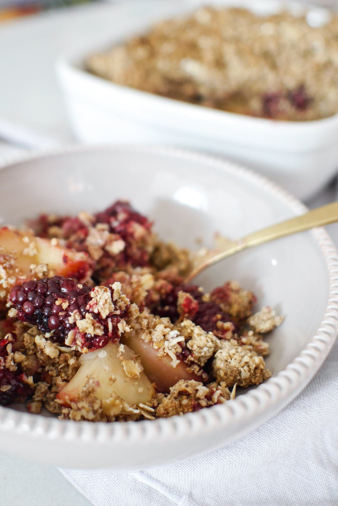 Healthy crumble recipe (that's perfect for breakfast)