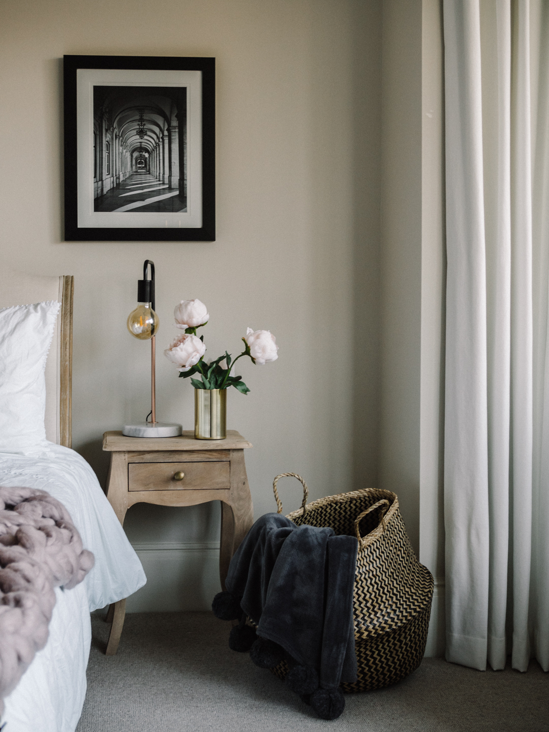 Creating a minimal luxe bedroom with Hillarys